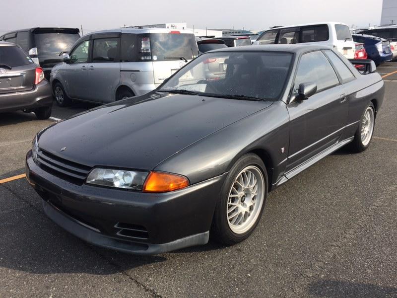 1993 Nissan Skyline R32 GT-R VSpec left front