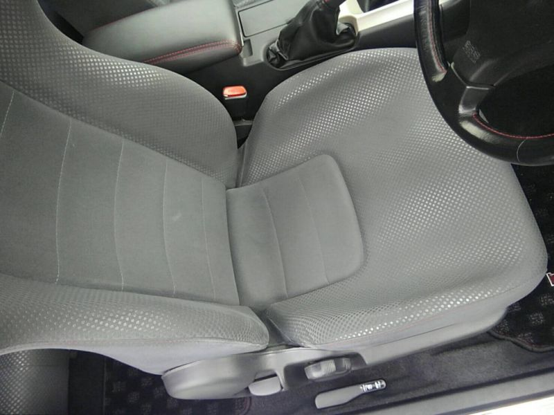 1999 Nissan Skyline R34 GT-R VSpec TV2 Bayside Blue driver seat