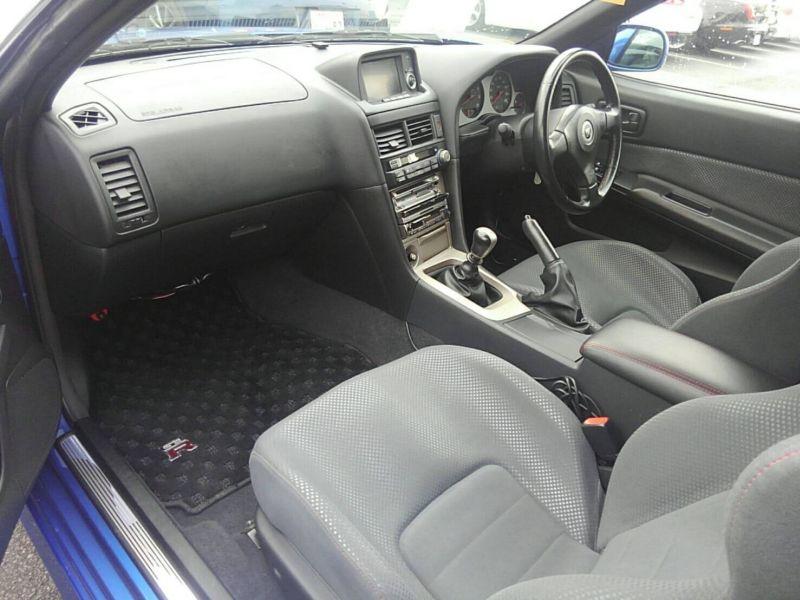 1999 Nissan Skyline R34 GT-R VSpec TV2 Bayside Blue interior