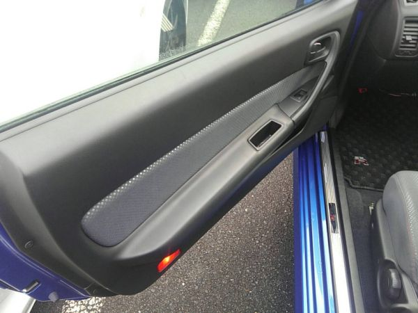 1999 Nissan Skyline R34 GT-R VSpec TV2 Bayside Blue left door card