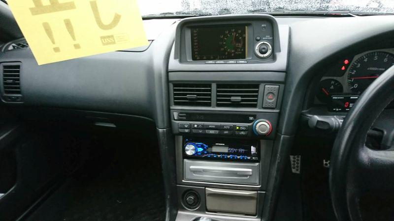2001 Nissan Skyline R34 GT-R centre console