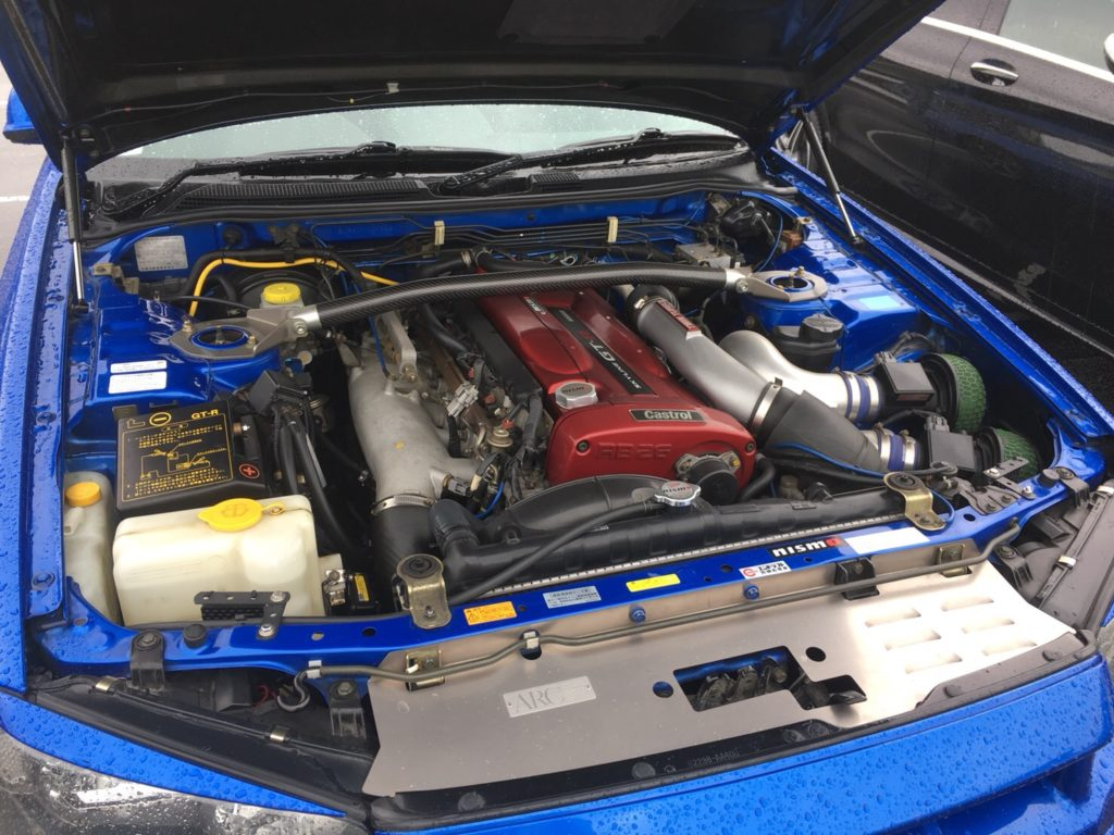 2002 Nissan Skyline R34 GT-R VSpec 2 engine bay