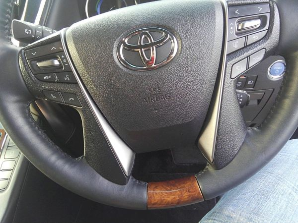 2015 Toyota Alphard HYBRID Executive Lounge 4WD 2.5L steering wheel 2