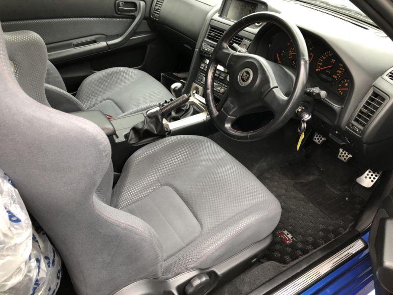1999 Nissan Skyline R34 GTR VSpec Bayside Blue interior 2