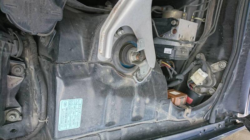 1999 Nissan Skyline R34 GTR VSpec MP2 rust strut 2