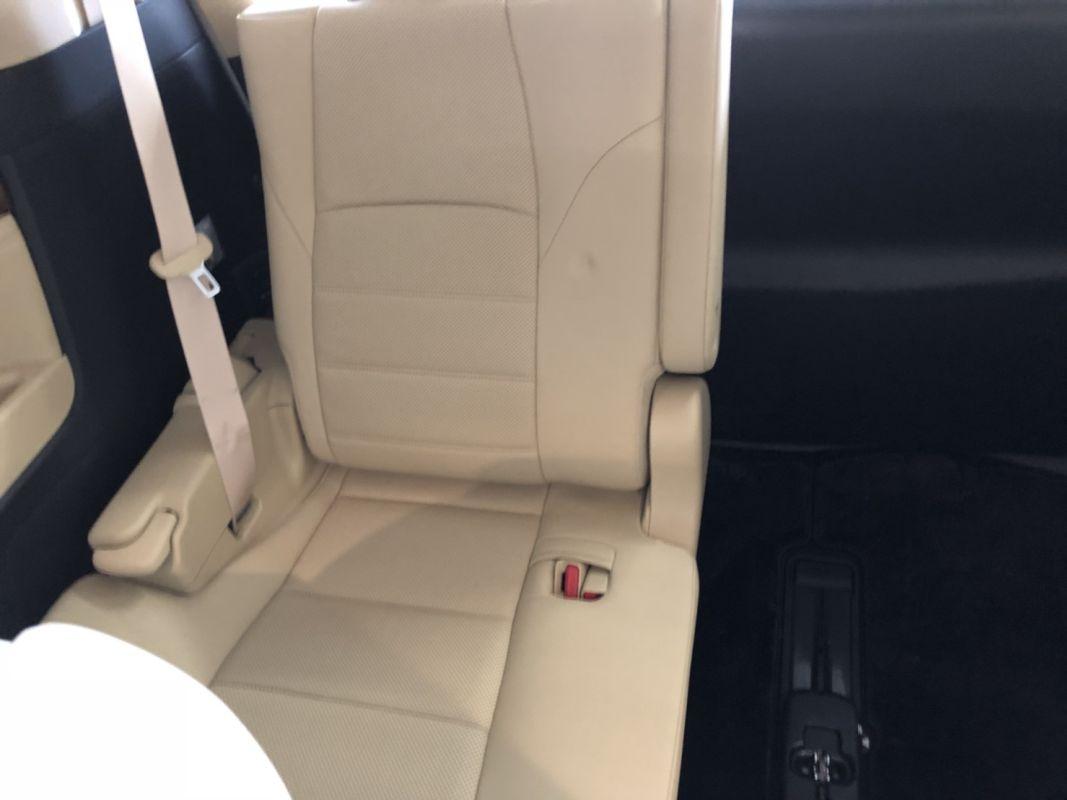 2017 Toyota Alphard Hybrid Executive Lounge cream leather seat