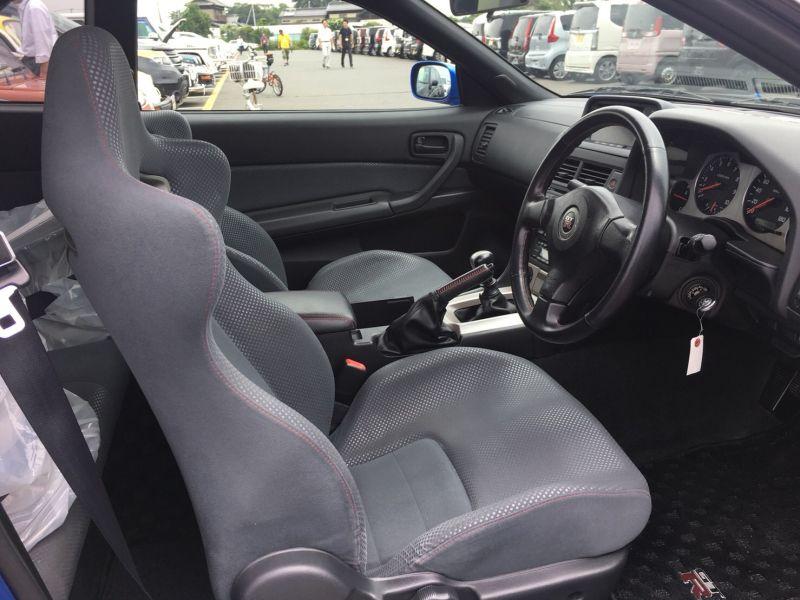 2000 Nissan Skyline R34 GTR VSpec Bayside Blue interior
