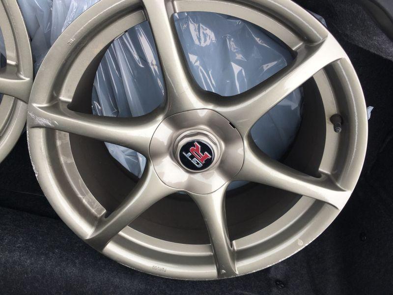 2000 Nissan Skyline R34 GTR VSpec Bayside Blue wheels 3