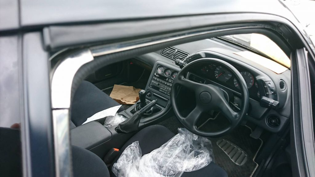 1992 Nissan Skyline R32 GTR door trim