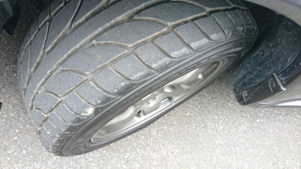 1992 Nissan Skyline R32 GTR tyre