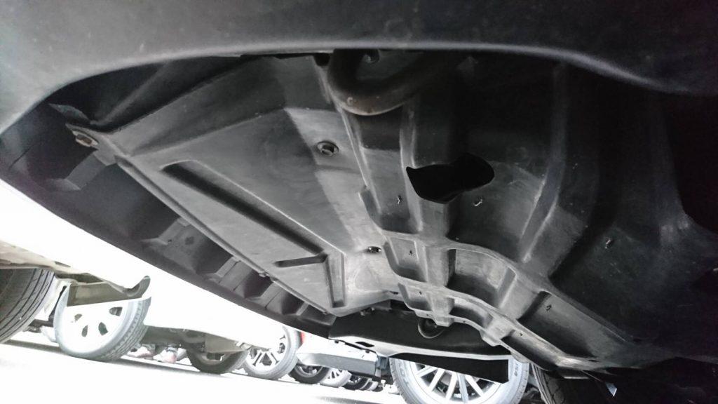 1992 Nissan Skyline R32 GTR underbody 5