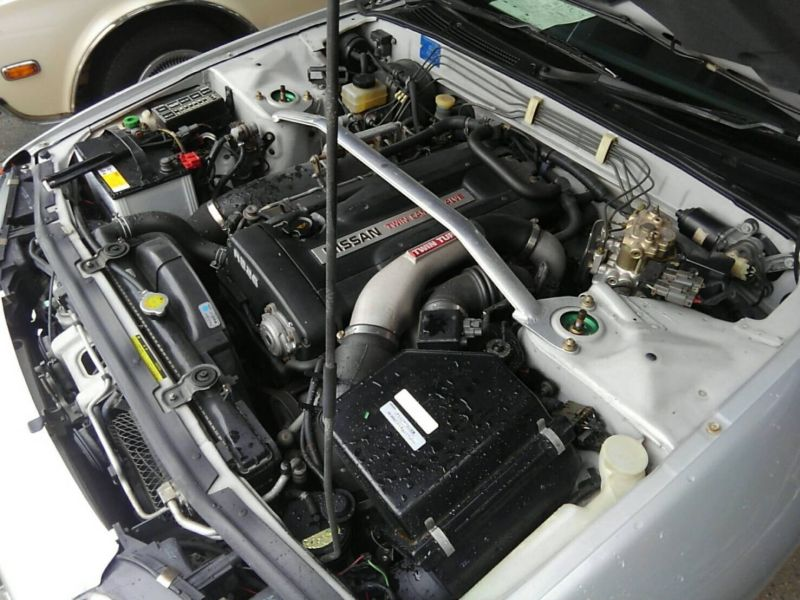 1992 Nissan Skyline R32 GTR engine 3