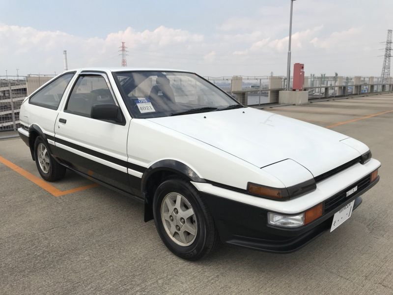 1986 TOYOTA SPRINTER GT APEX right front