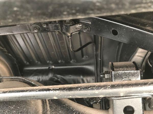 1986 TOYOTA SPRINTER GT APEX underbody 5