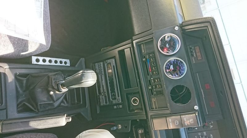 1987 NISSAN SKYLINE GTS-R centre console
