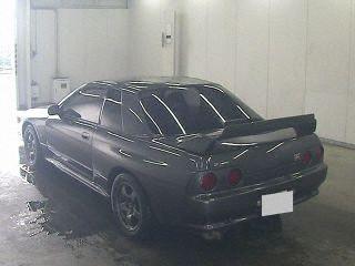 1990 Nissan Skyline R32 GTR auction rear