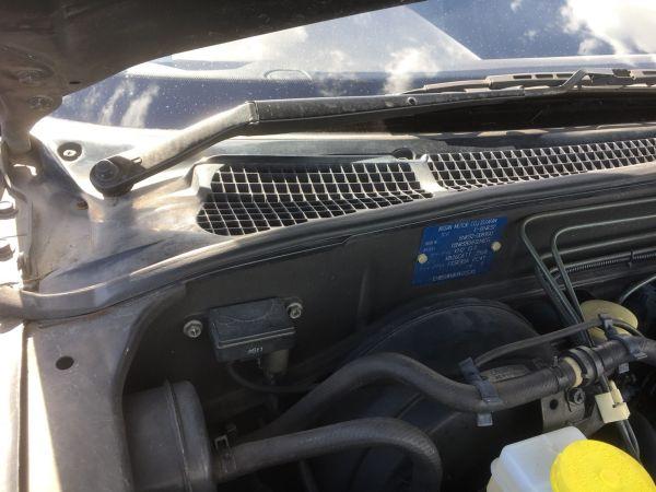 1990 Nissan Skyline R32 GTR build plate 1