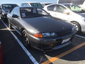 1990 Nissan Skyline R32 GTR right front