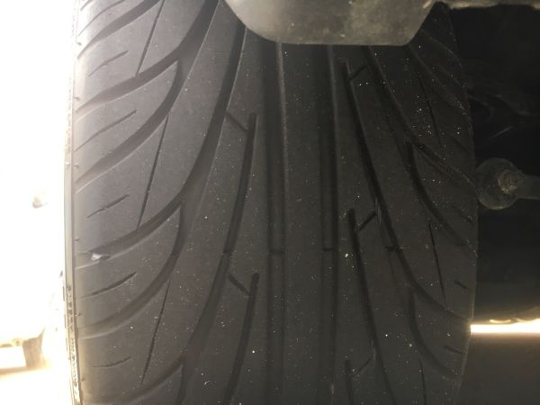 1990 Nissan Skyline R32 GTR tyre 3