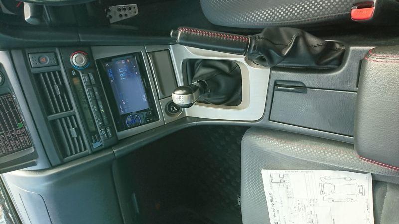 1999 Nissan Skyline R34 GTR VSpec blue centre console