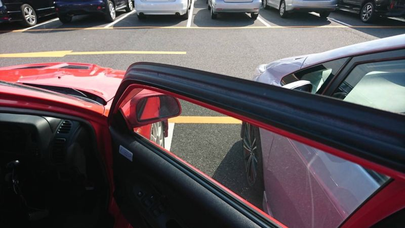 2000 Mitsubishi Lancer EVO 6 TME red door trim