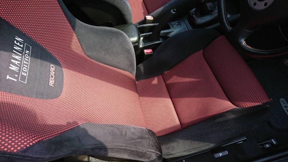 2000 Mitsubishi Lancer EVO 6 TME red seat