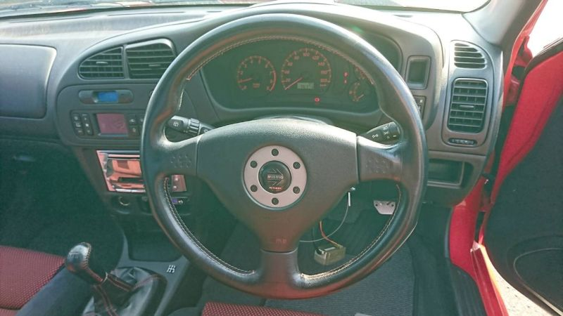 2000 Mitsubishi Lancer EVO 6 TME red steering wheel