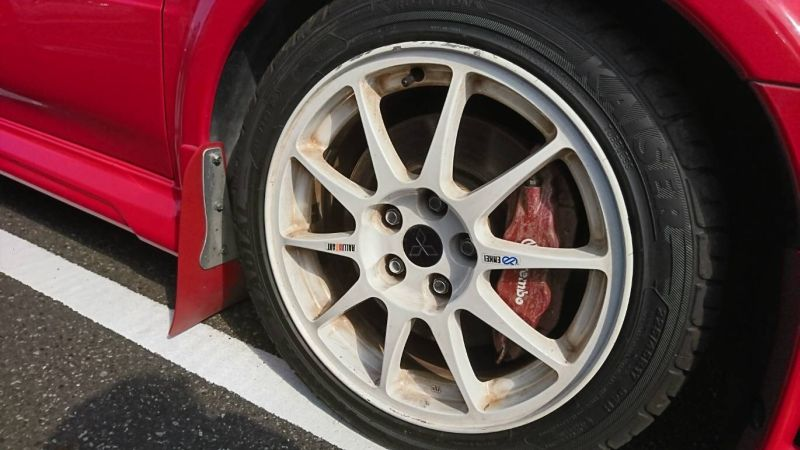 2000 Mitsubishi Lancer EVO 6 TME red wheel 2