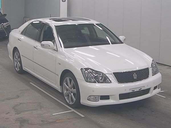 2007 Toyota Crown Athlete Premium Edition sedan auction 1