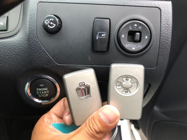 2007 Toyota Crown Athlete Premium Edition sedan remote control key