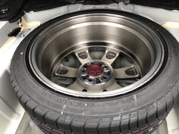 2007 Toyota Crown Athlete Premium Edition sedan spare tyre