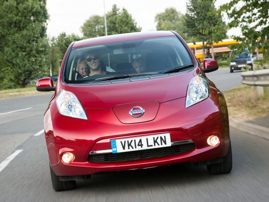 Nissan Leaf import red front 2