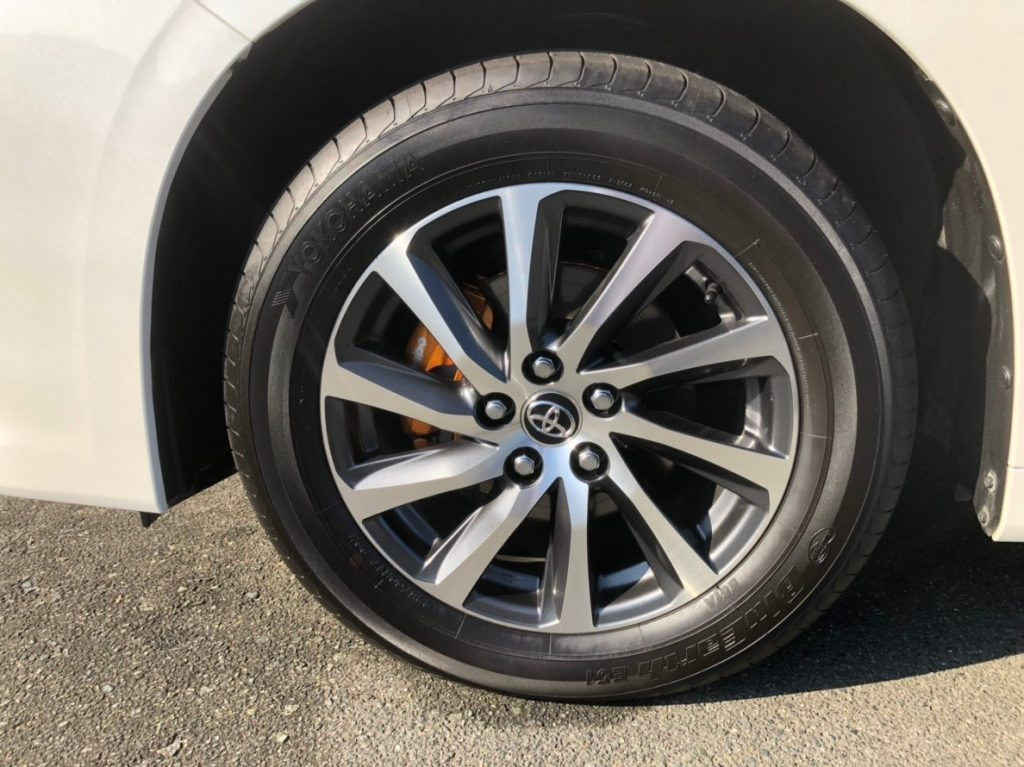 2017 Toyota Alphard Hybrid Executive Lounge wheel