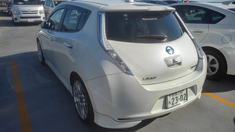 2013 Nissan Leaf G 11