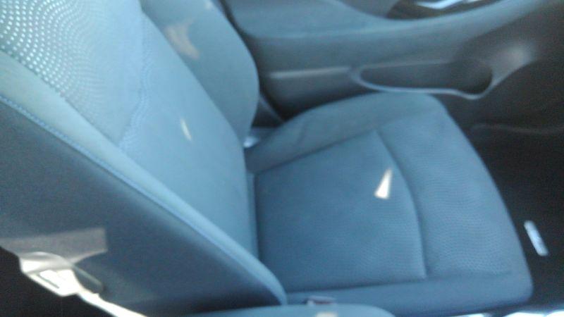 2013 Nissan Leaf G 21