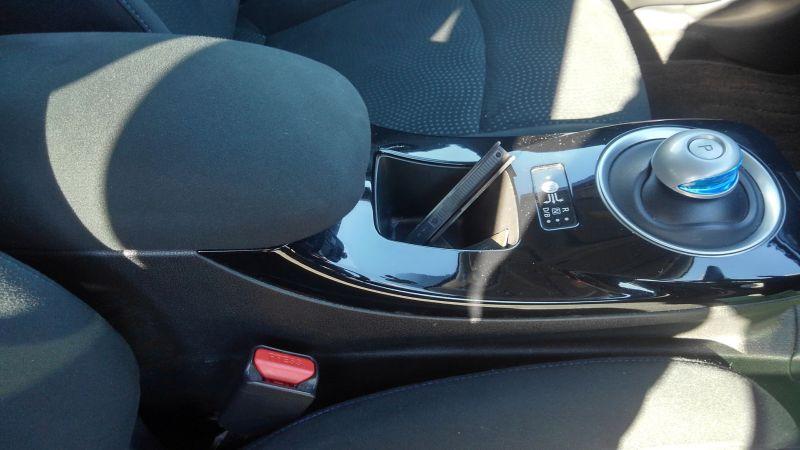2013 Nissan Leaf G 24