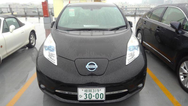 2014 Nissan Leaf X 24kW front