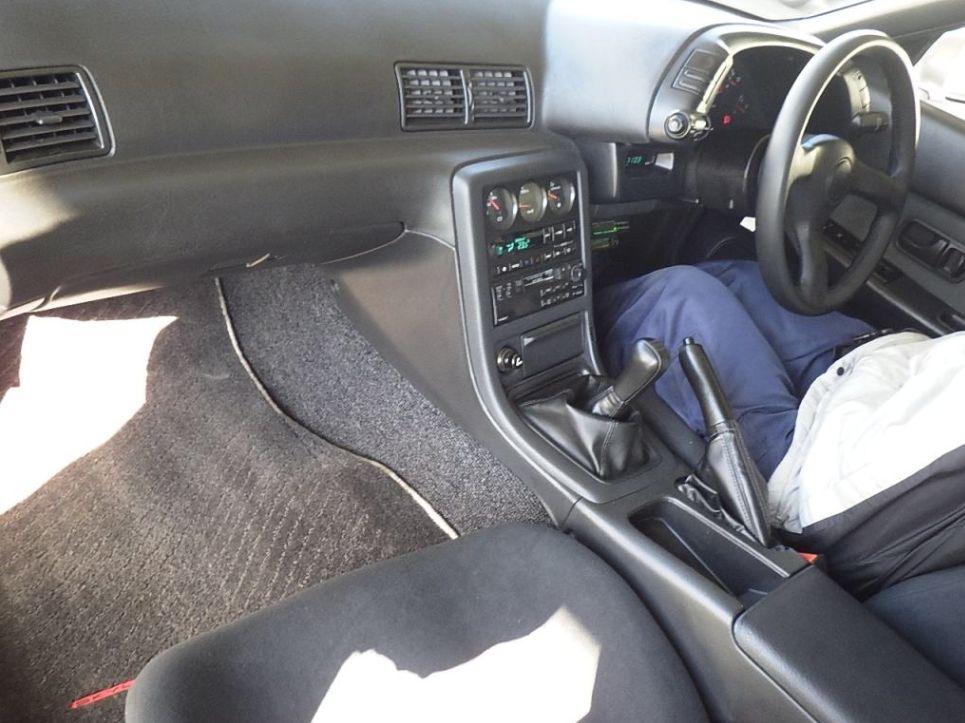 1994 Nissan Skyline R32 GT-R VSPEC 2 interior