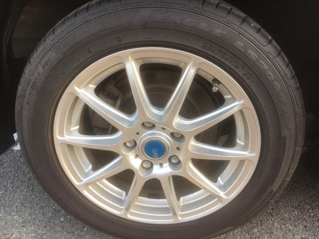 2014 Nissan Leaf X Gen 2 wheel