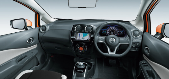 Nissan Note e-POWER interior