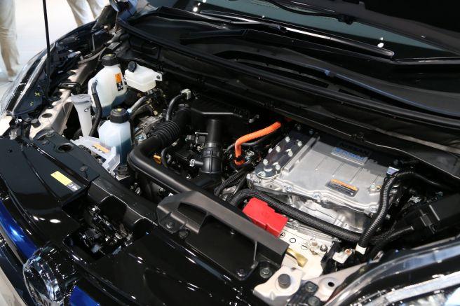2018 Nissan Serena S-Hybrid engine