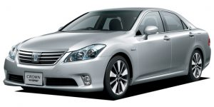 Toyota Crown hybrid GWS204