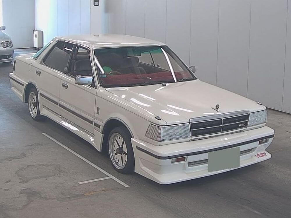 1985 Nissan Gloria Brougham turbo 01