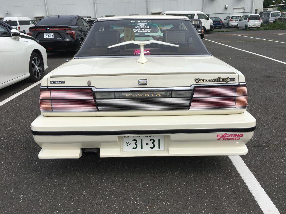 1985 Nissan Gloria Brougham turbo 10