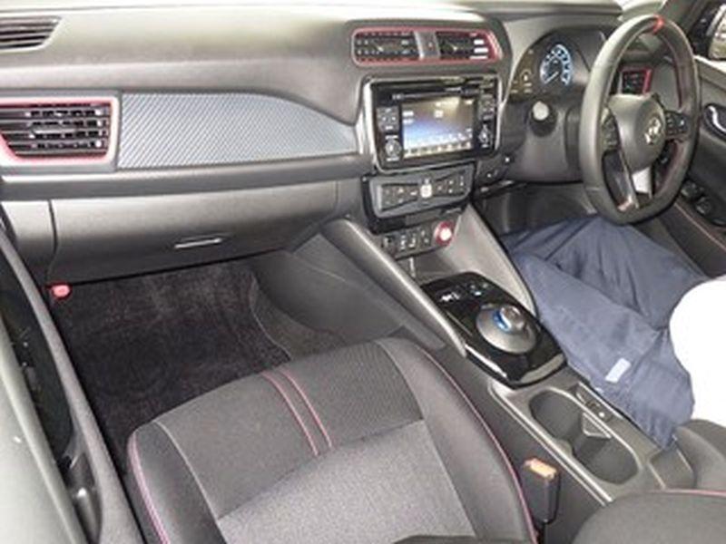 2018 Nissan Leaf NISMO 04