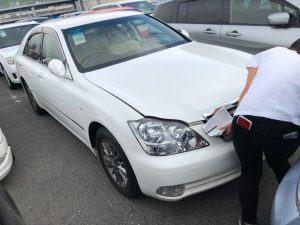 2006 Toyota Crown 01