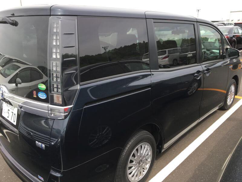 2015 Voxy Hybrid X 06