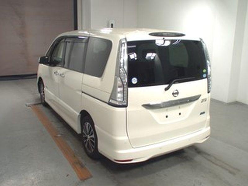 2016 Nissan Serena S-Hybrid Highway Star V Selection 02