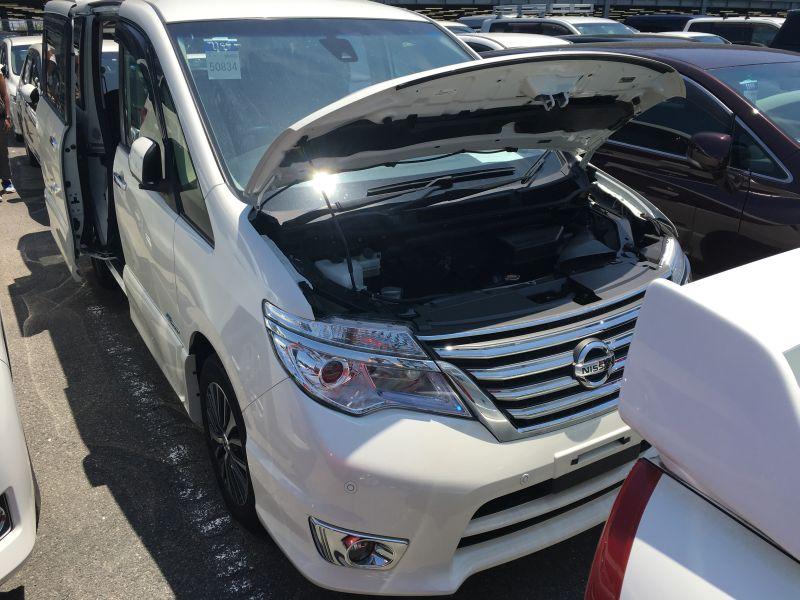 2016 Nissan Serena S-Hybrid Highway Star V Selection 13