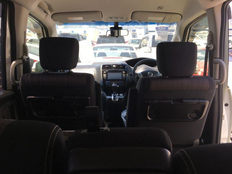 2016 Nissan Serena S-Hybrid Highway Star V Selection 24